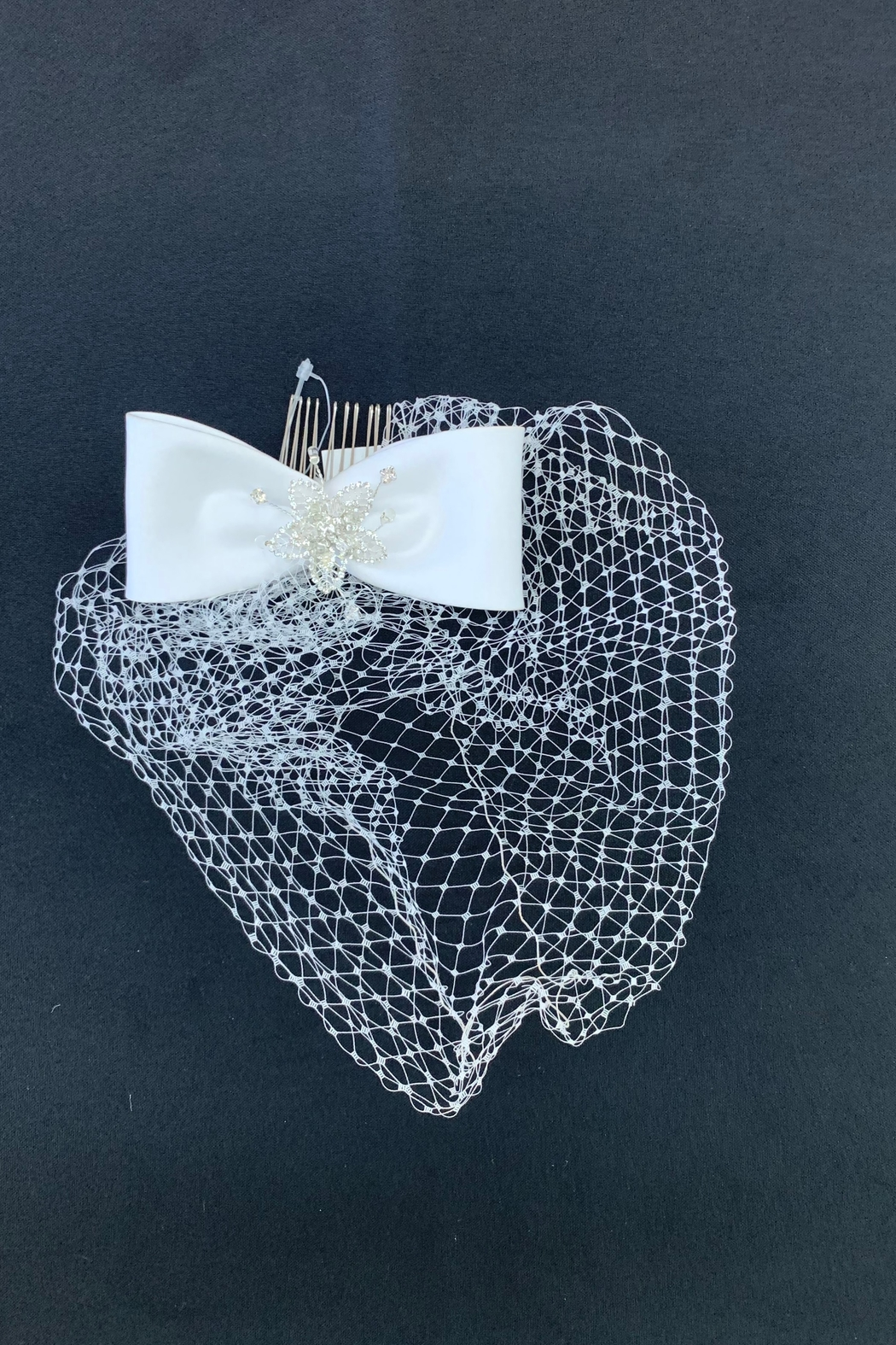 Lucky Collections Bow w/Netting Headpiece - Main Image