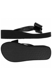 Brighton Bowie Flip Flops - Side cropped