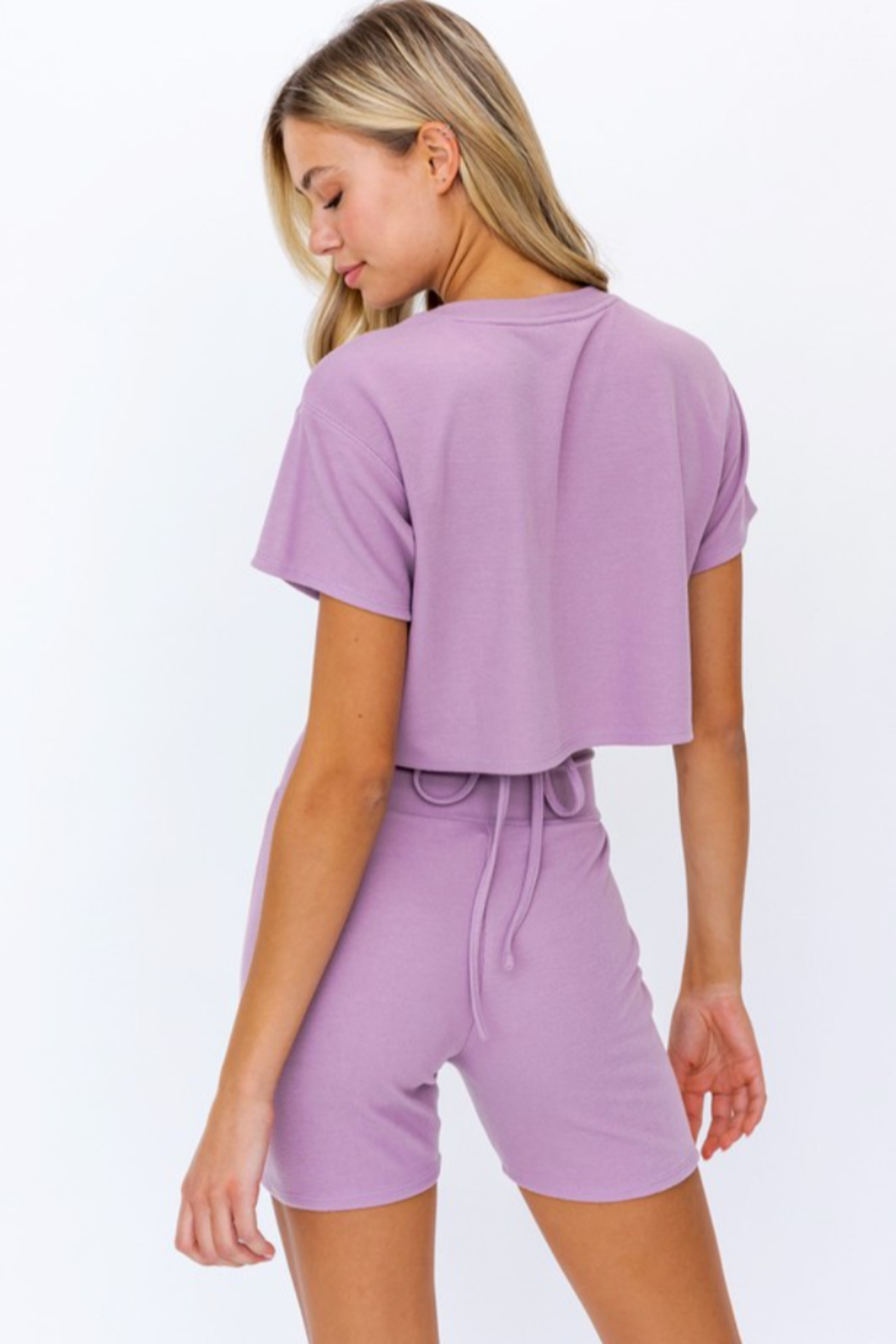 Le Lis Boxy Crop Top - Side Cropped Image