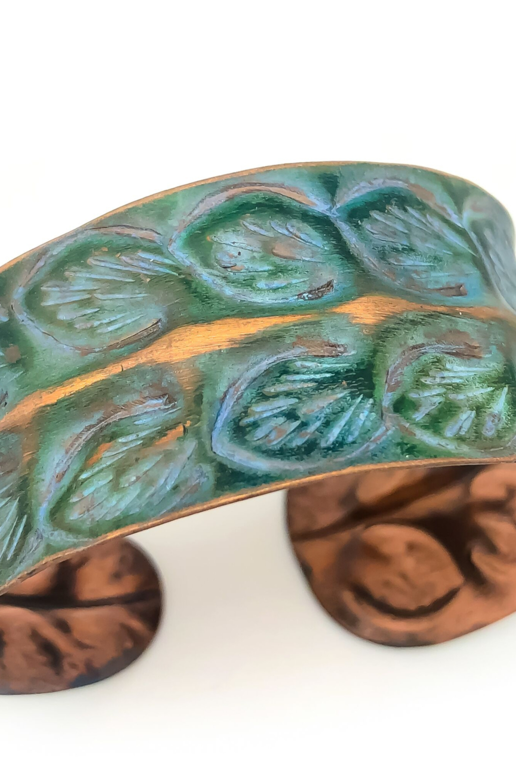 Anju Handcrafted Artisan Jewelry BP285 Copper Patina Rows of Leaves Bracelet - Main Image