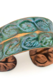 Anju Handcrafted Artisan Jewelry BP285 Copper Patina Rows of Leaves Bracelet - Product Mini Image