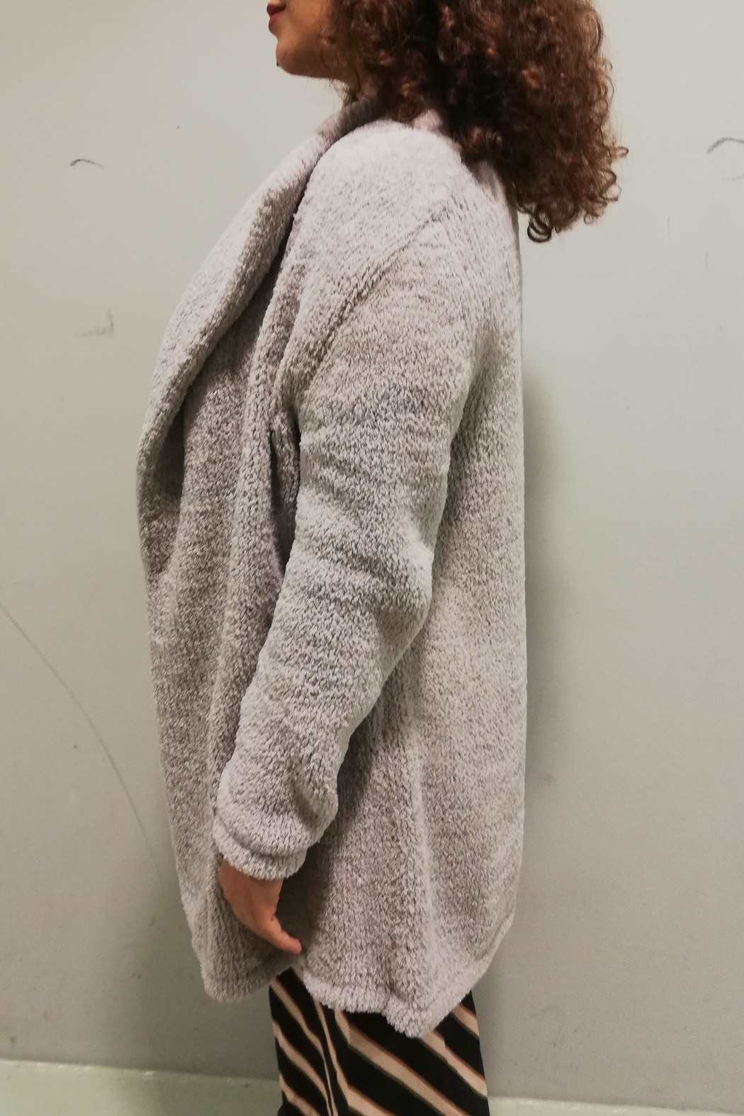 Braez Cosy Soft Cardigan - Side Cropped Image