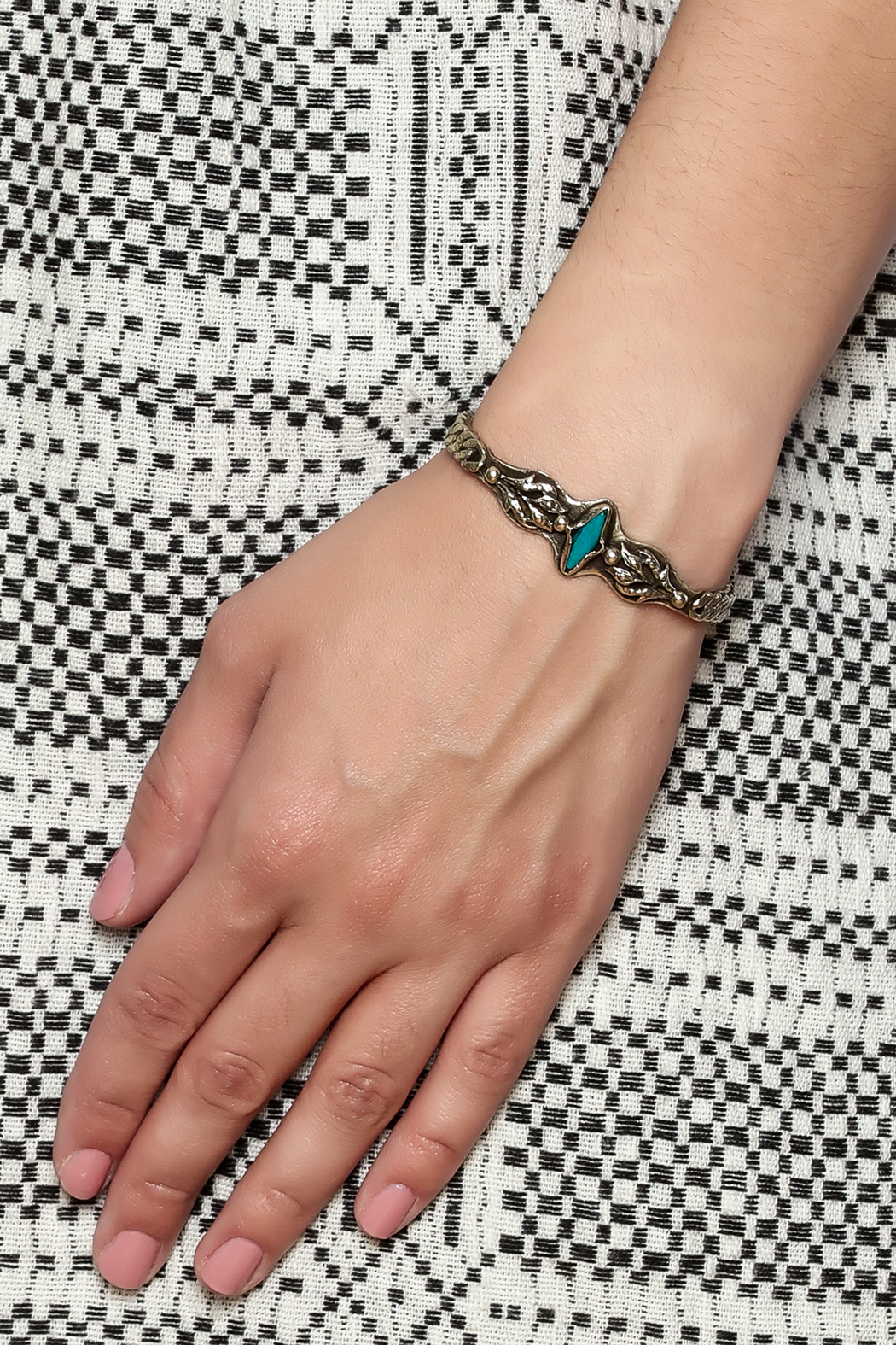Break A Stone Turquoise Retro Cuff - Back Cropped Image