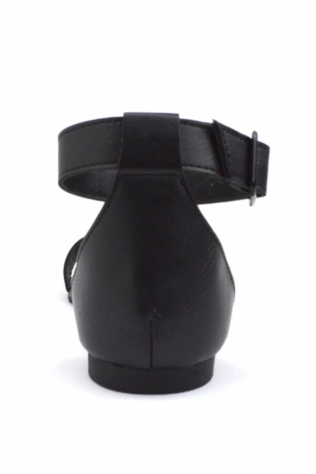 Breckelle's Ankle Cuff Sandal - Back Cropped Image