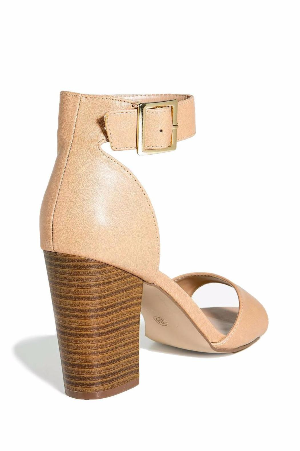 Breckelle's Ankle Strap-Chunky Heel - Side Cropped Image