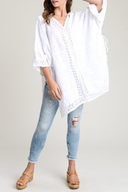 Doe & Rae Breeze Poncho Off-White - Product Mini Image