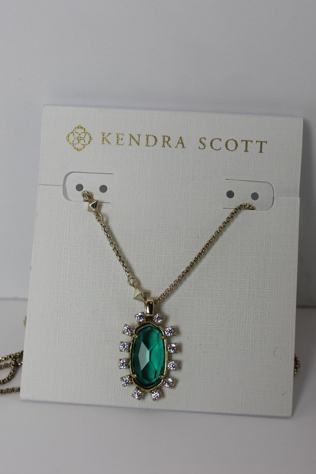 Kendra Scott Brett Pendant Necklace - Front Cropped Image