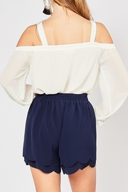Style Trolley Bri Scalloped Shorts - Back cropped