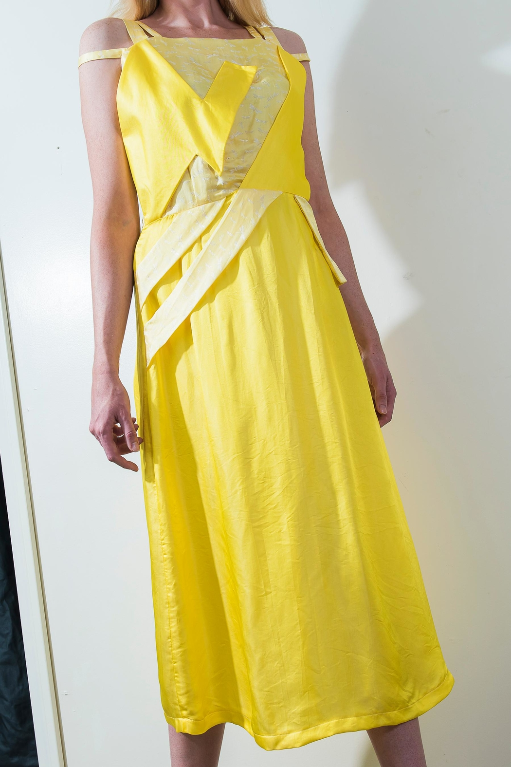 Dawn Sunflower Bright Yello Dress - Side Cropped Image