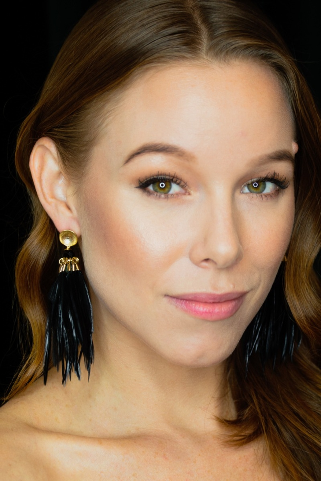 SHIVER + DUKE Brinson Feather Earrings - Front Cropped Image