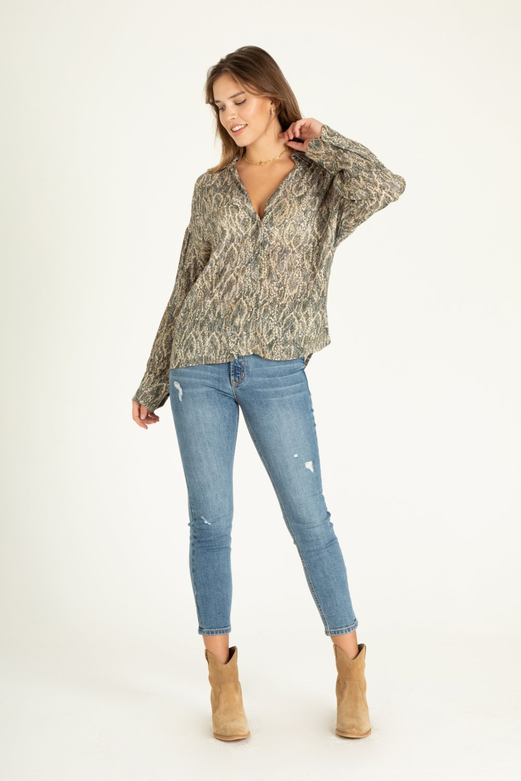 another love  Brittany diamondback print blouse - Side Cropped Image