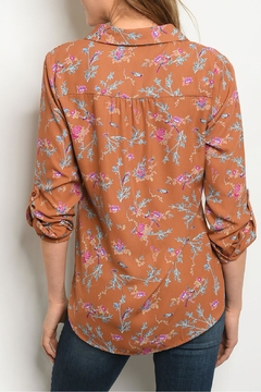 Le Lis Brown Floral Top - Alternate List Image