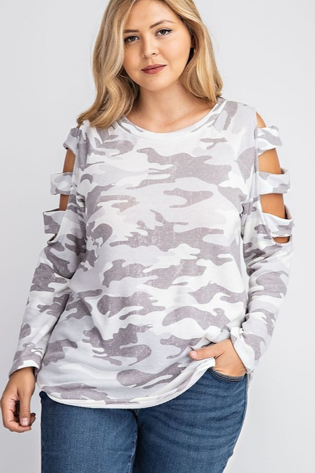 143 Story BRUSHED CAMO PRINT TOP - Front Full Image