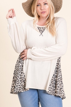 Lovely Melody Brushed Cashmere Animal Contrast Print Plus Size Tunic - Product List Image