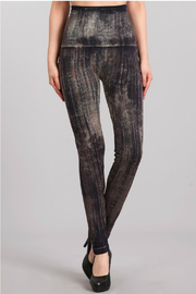 M. Rena Brushed Moroccan Damask Sublimation legging - Front cropped