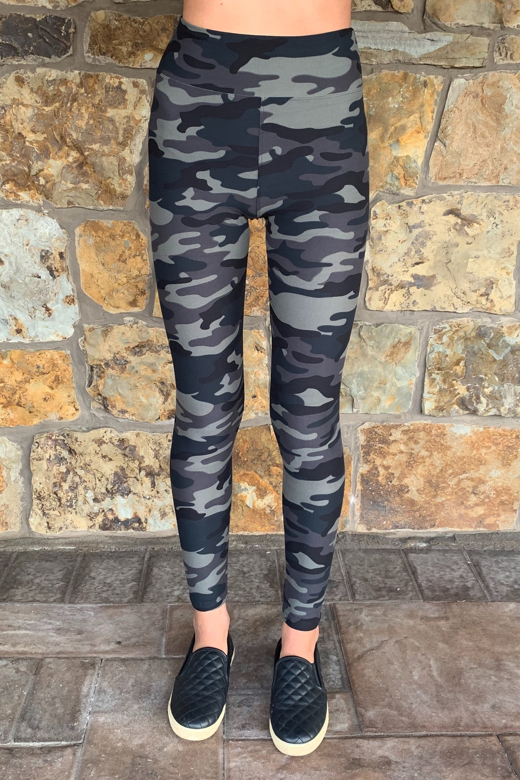Suzette Brushed Poly Camo Leggings - Front Cropped Image