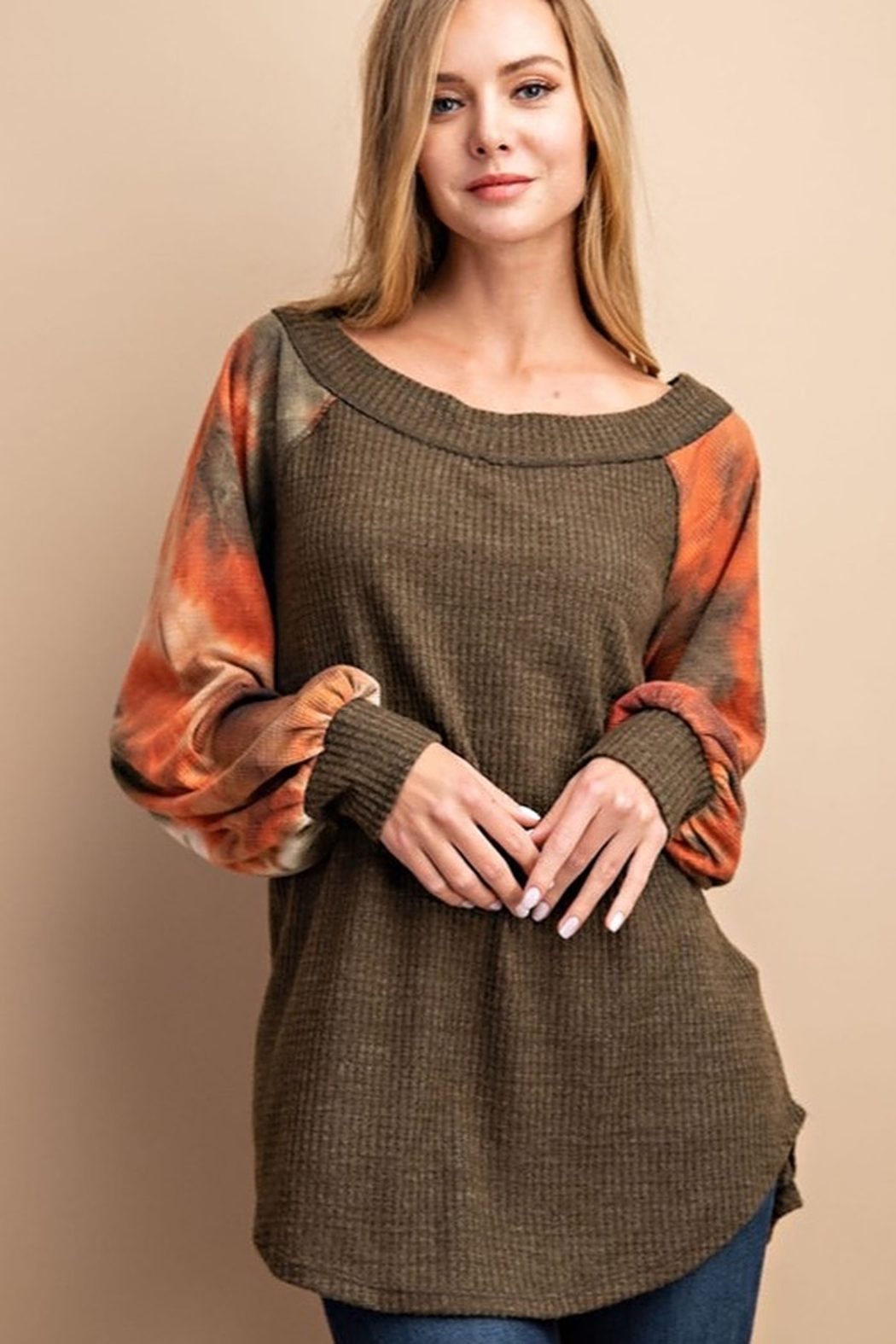 FSL Apparel BRUSHED WAFFLE TIE DYE CONTRASTED SLEEVE TUNIC TOP - Main Image