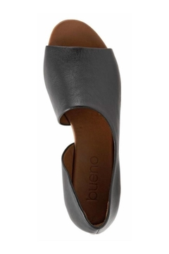 Bueno Shoes Bueno Anna Flats - Alternate List Image