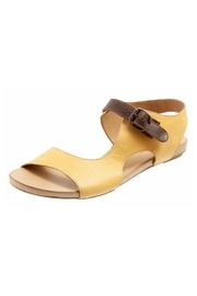 Bueno Shoes Bueno Kina Sandals - Front cropped