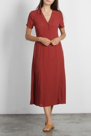 Mod Ref Burgundy Collared Midi-Dress - Front cropped