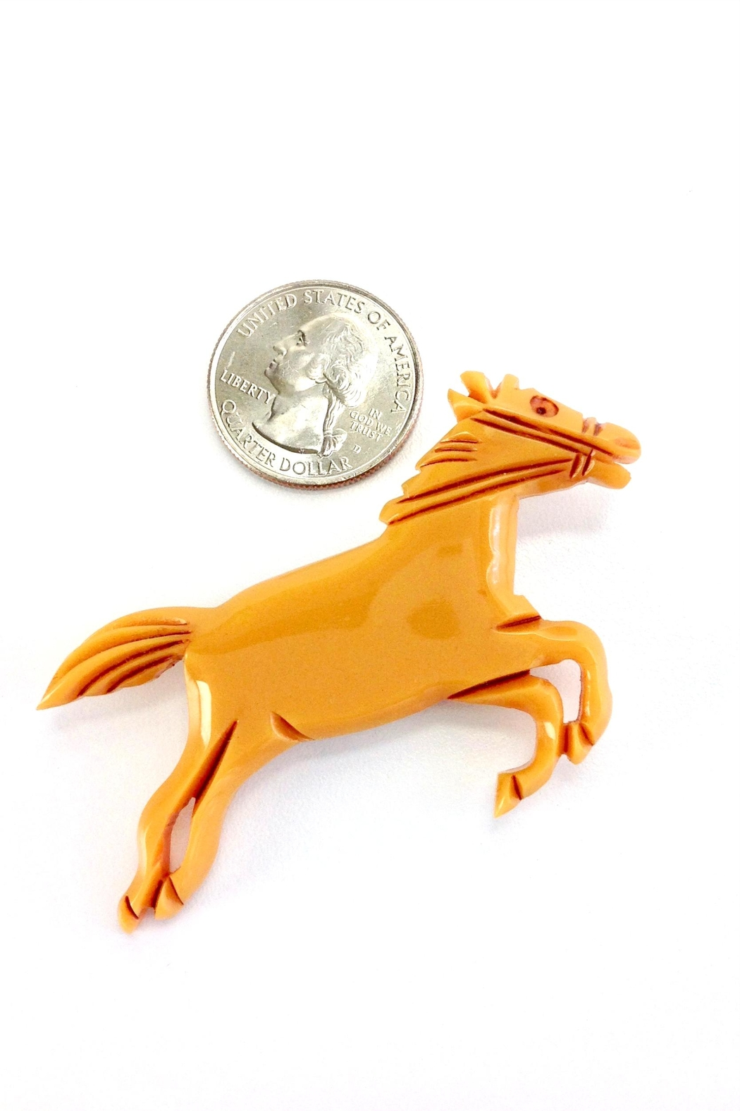 GHome2 Butterscotch Horse Brooch - Side Cropped Image
