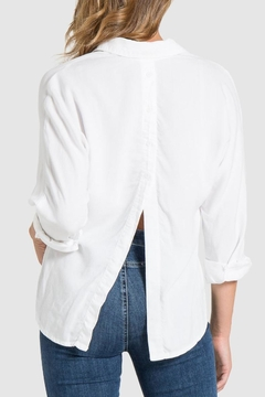 Bella Dahl Button Back Shirt - Alternate List Image