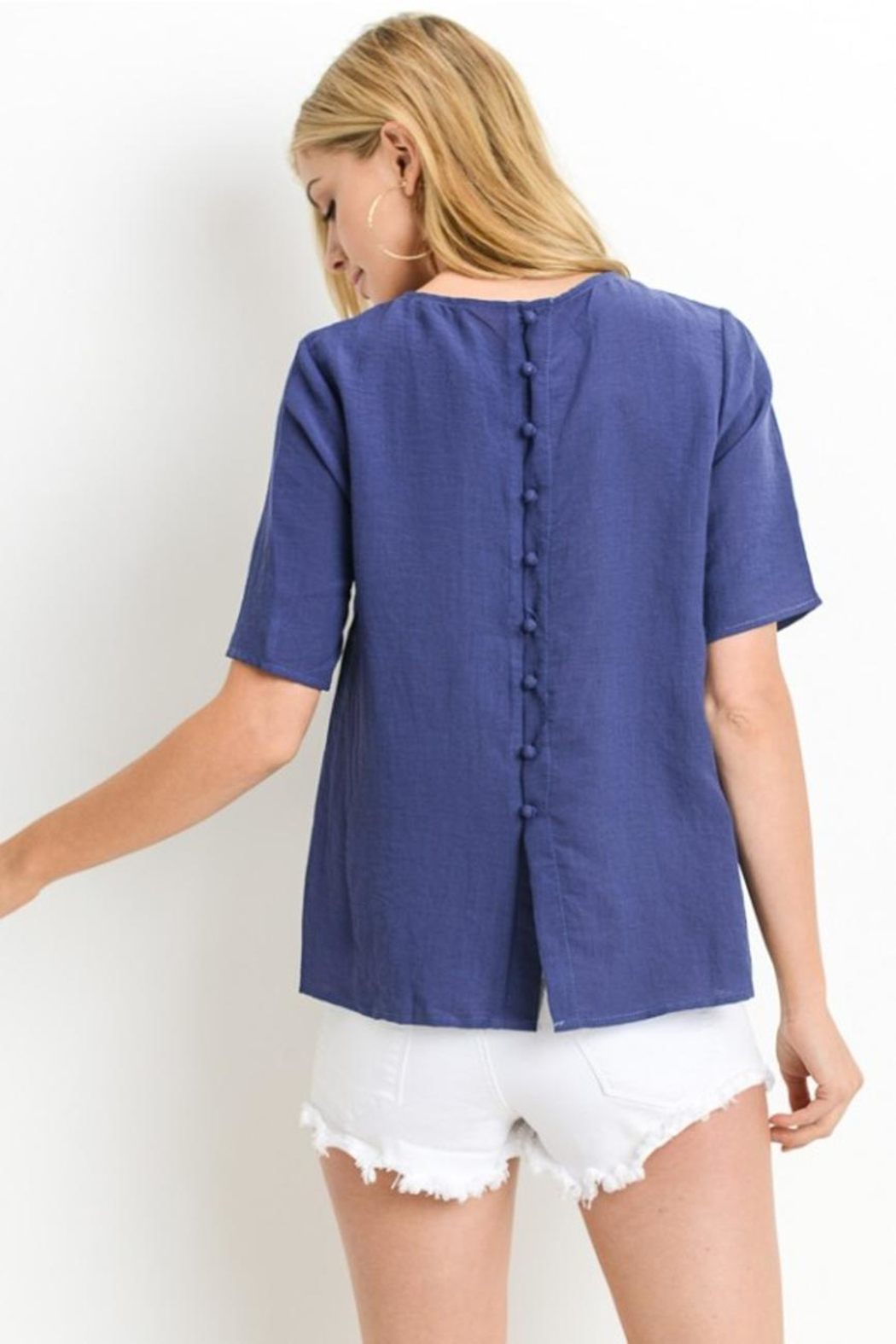 Le Lis Button Back Top - Side Cropped Image