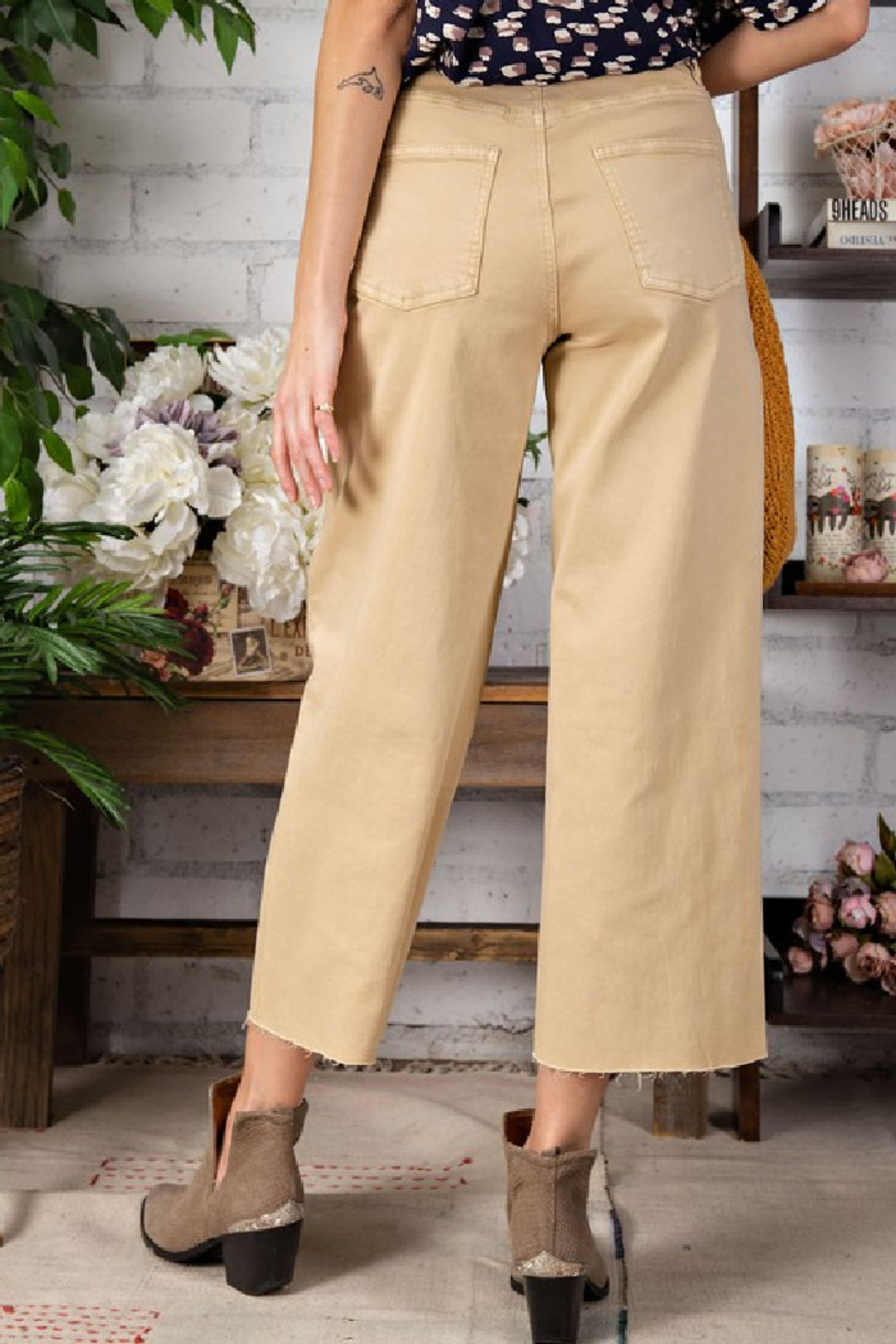 easel  Button Fly Wide Leg Trouser - Side Cropped Image