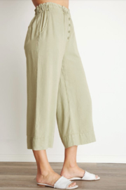 Bella Dahl Button Front Crop Pant - Front full body