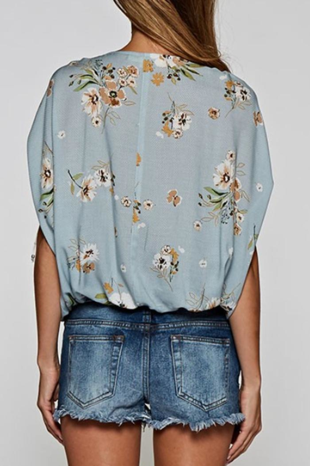Lovestitch Button-Up Floral Top - Side Cropped Image
