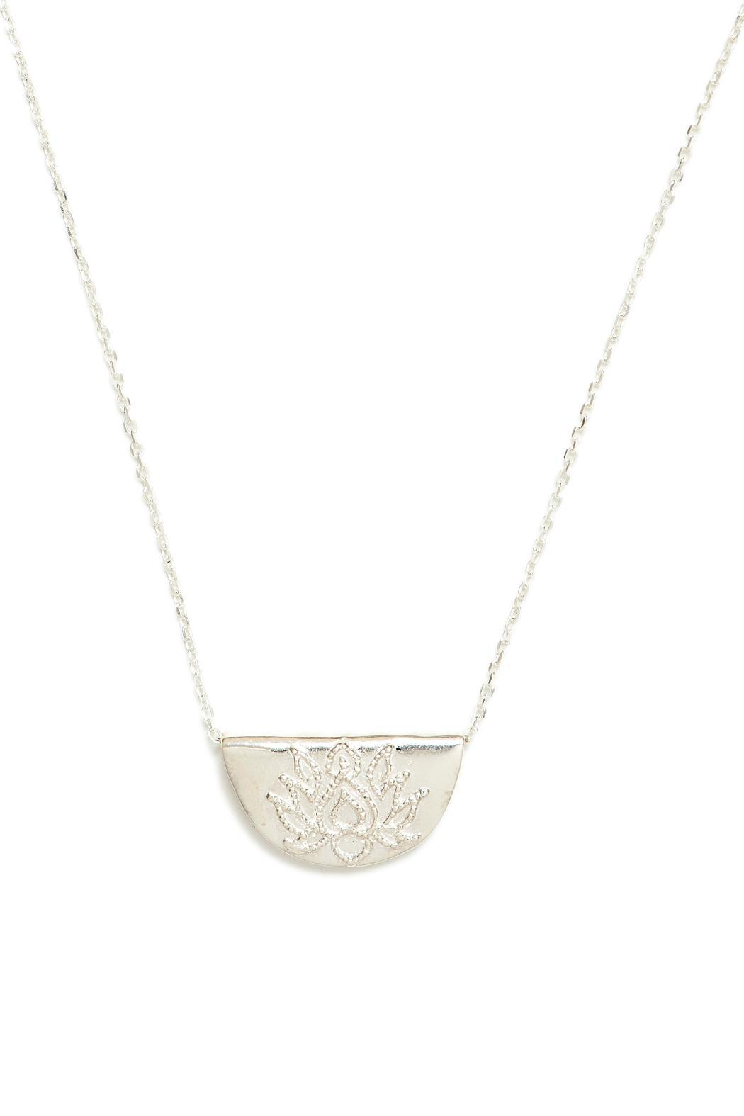 necklace us lotus gold icing pendant tone