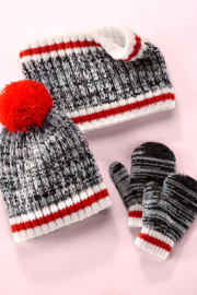 Giftcraft Inc.  Cabin Winter Accessories (Set of 3) - Side cropped