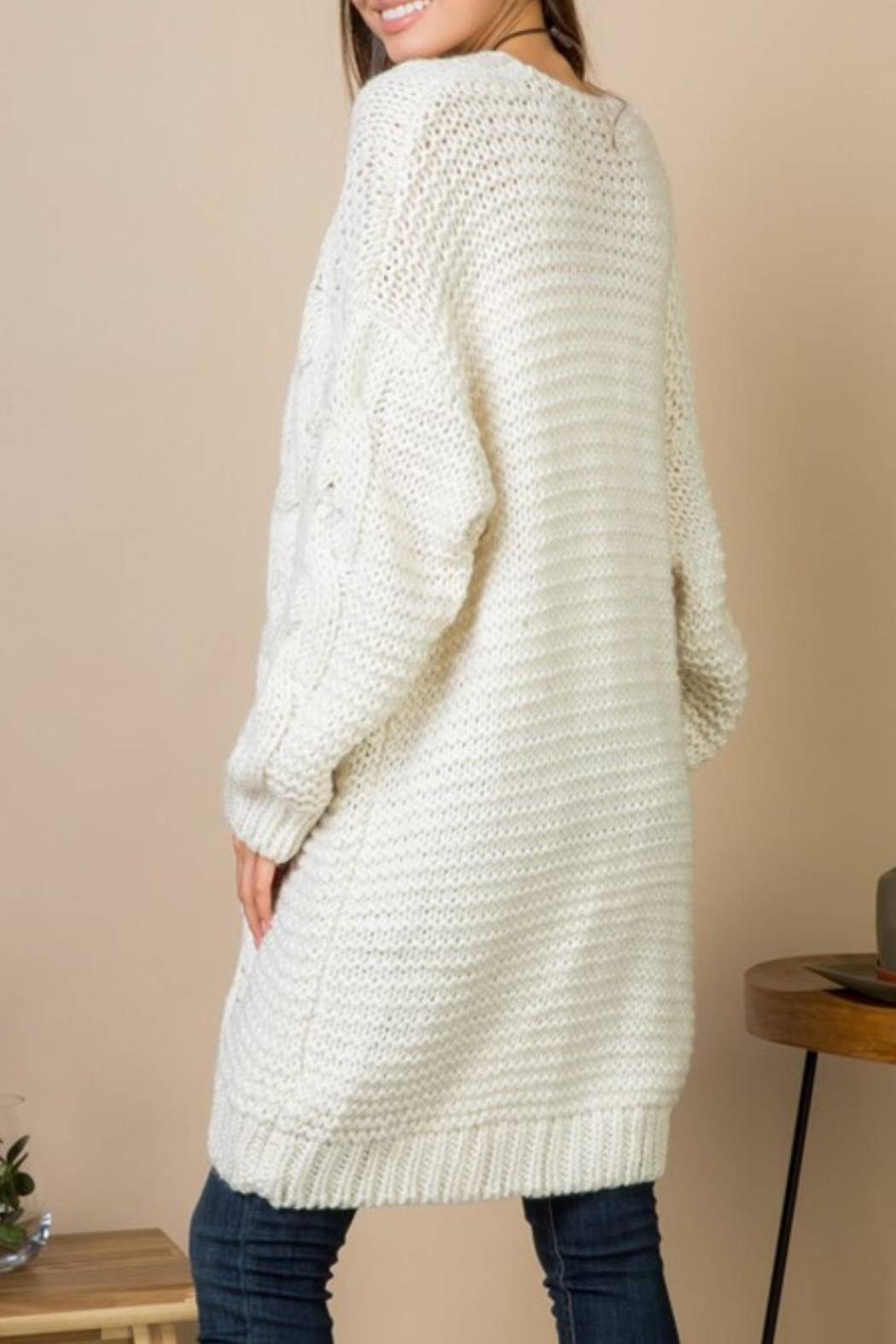 Gifted Cable Knit Cardi - Side Cropped Image