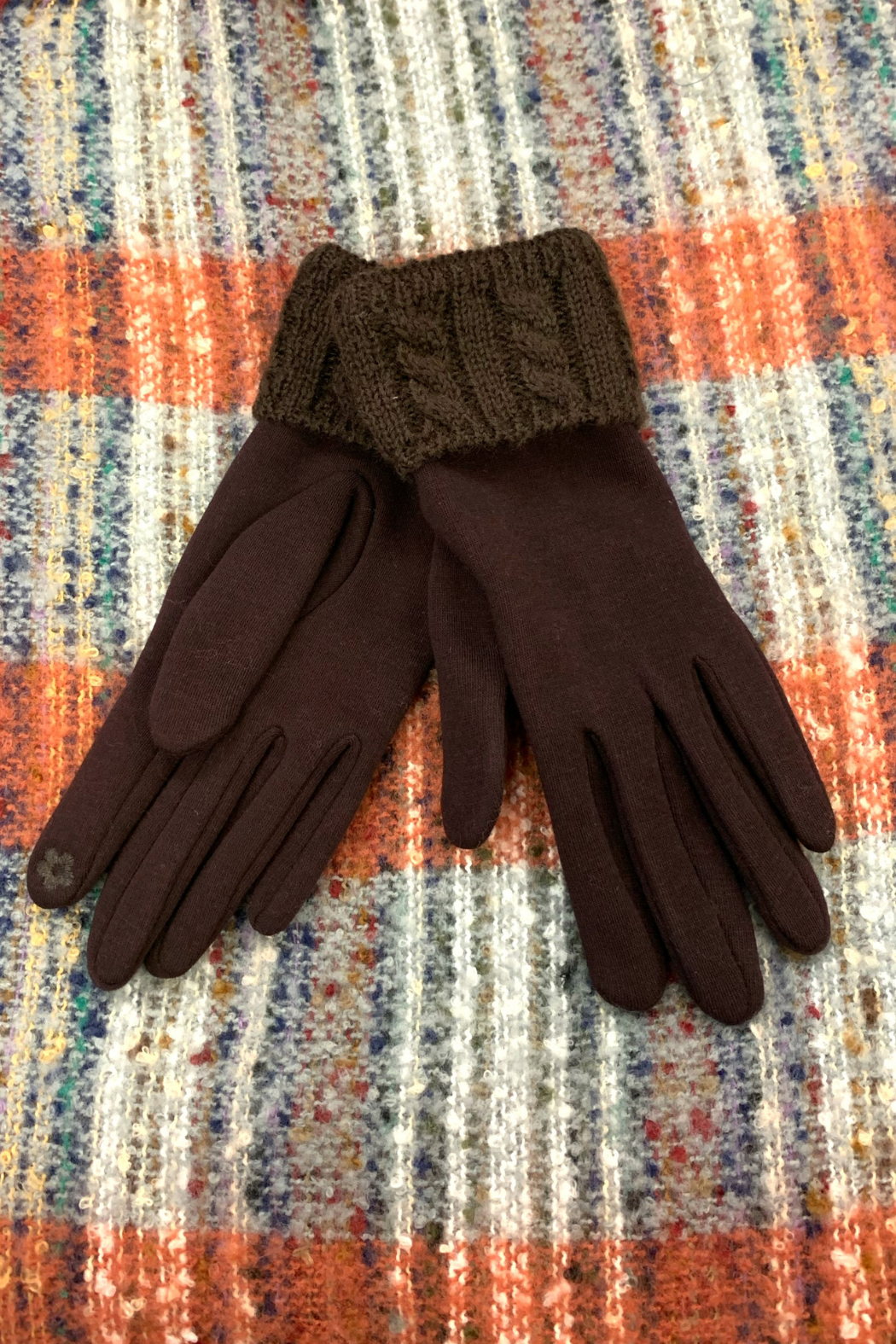 Giftcraft Inc.  Cable Knit Cuff Gloves - Front Cropped Image