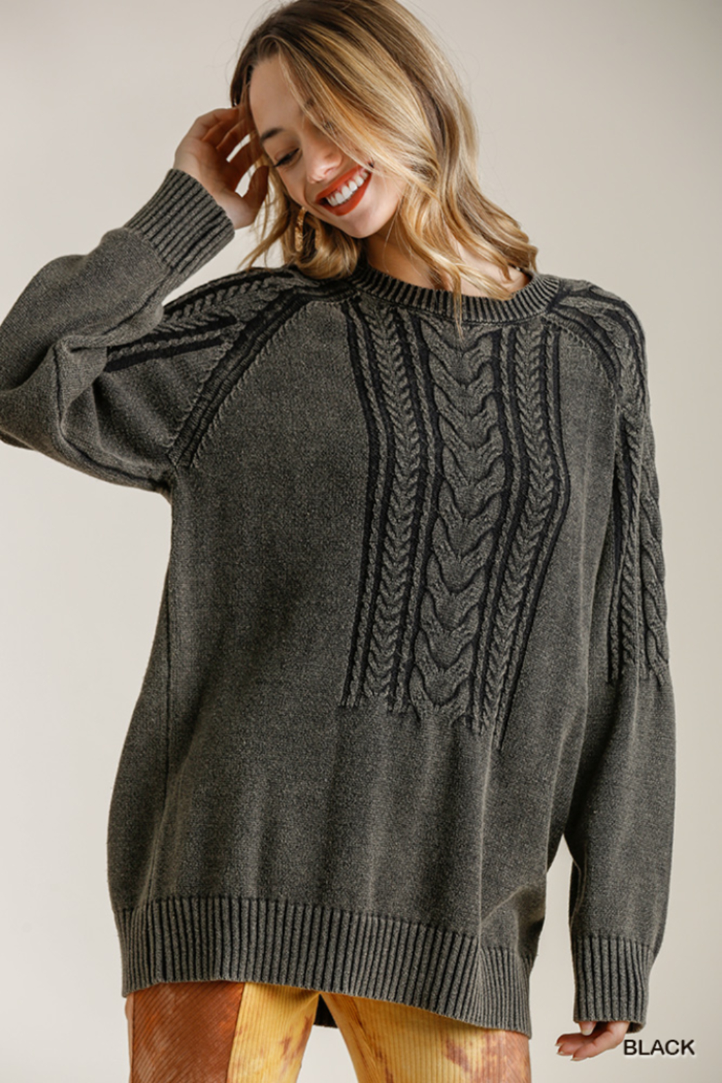umgee  CABLE KNIT SWTR - Main Image