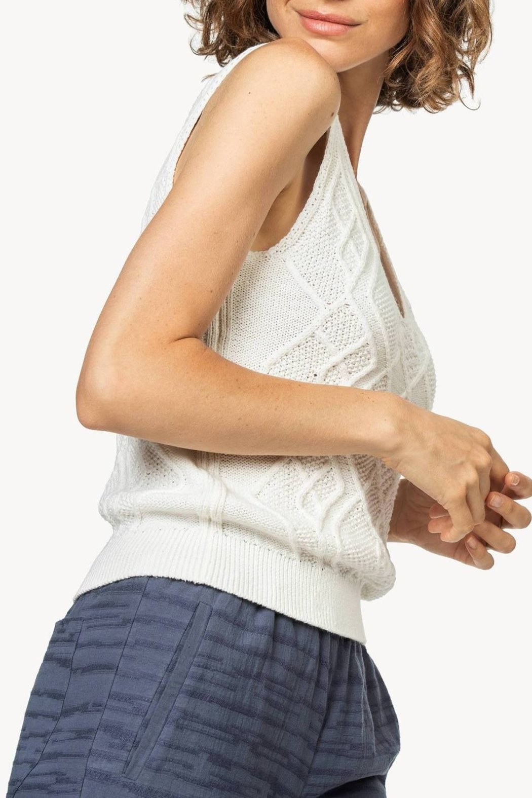 Lilla P Cable Knit Tank - Side Cropped Image