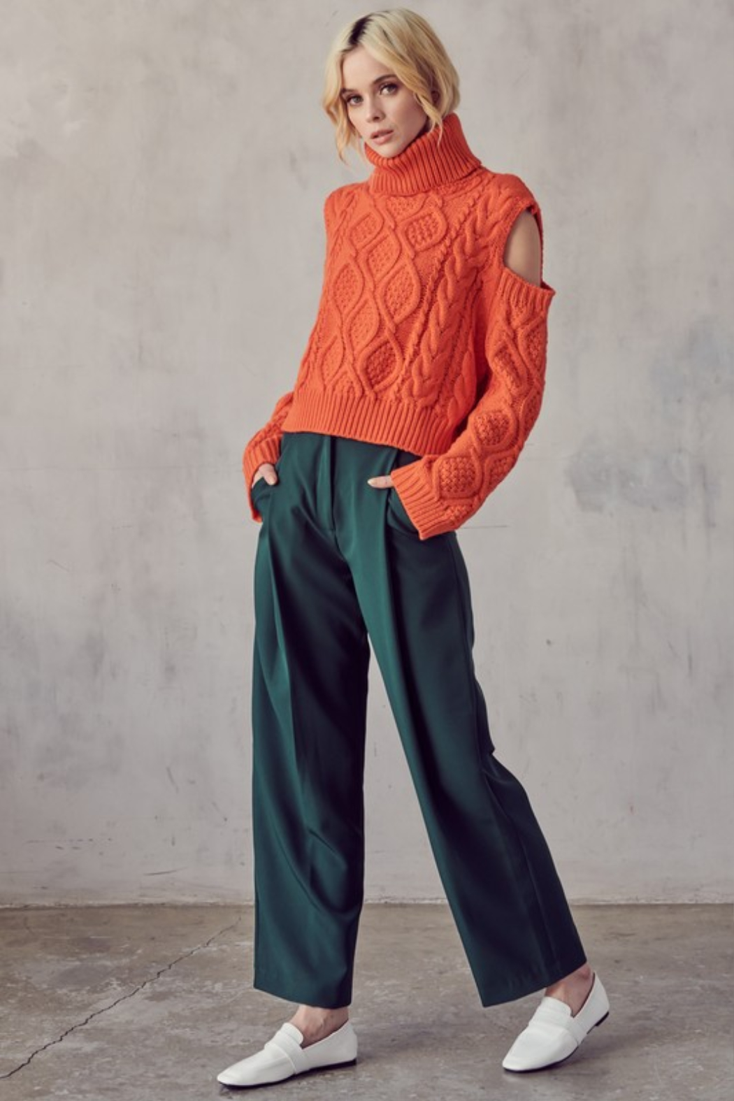 AAAAA FASHIONS Cable Knit Turtleneck - Back Cropped Image
