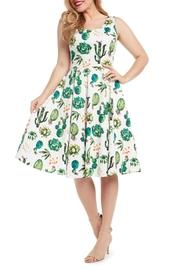 Eva Rose Cactus Fit-And-Flare Dress - Front cropped