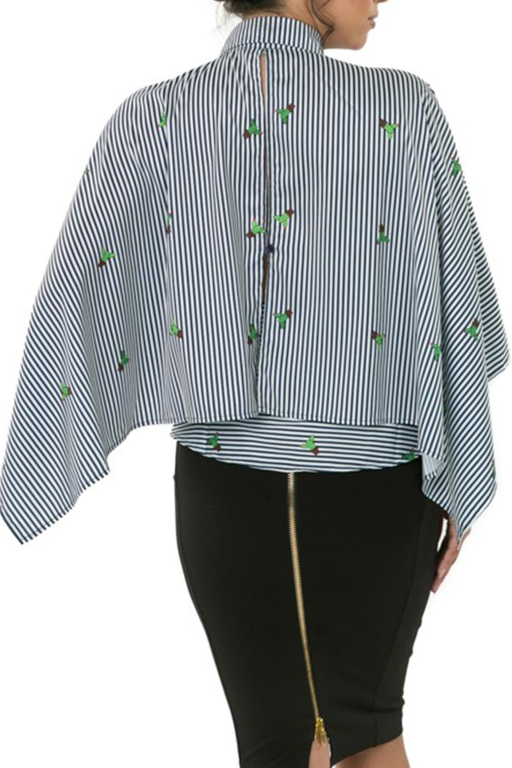 CQ By Caribbean Queen Cactus Stripe Top - Side Cropped Image