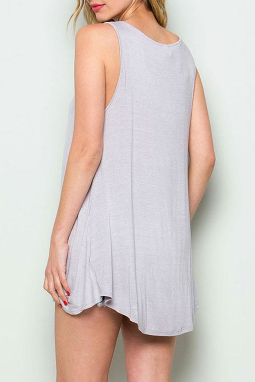CY Fashion Cage Detail Sleeveless-Top - Side Cropped Image