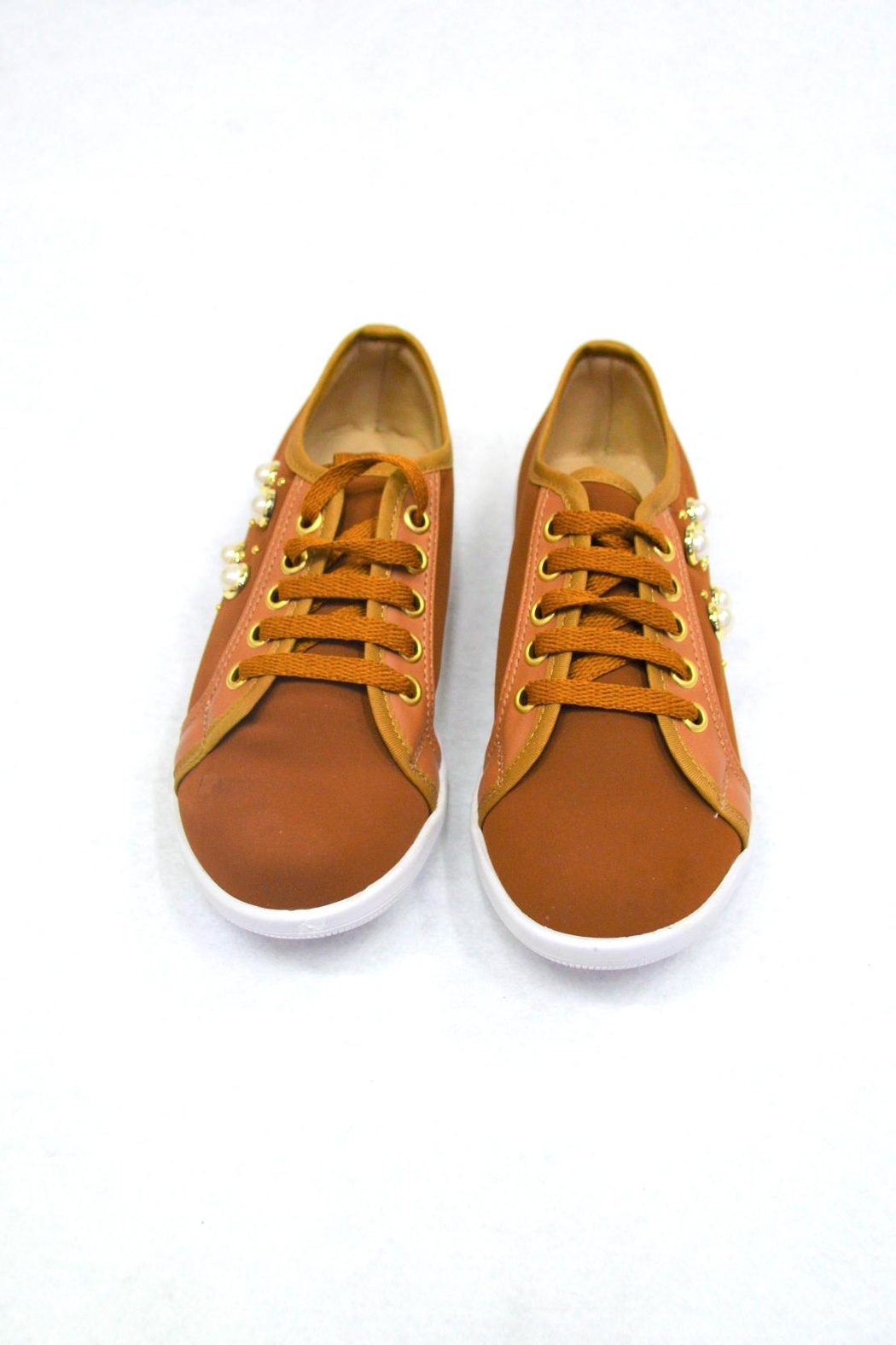 SD BOUTIQUE Camel Sneakers Shoe - Side Cropped Image