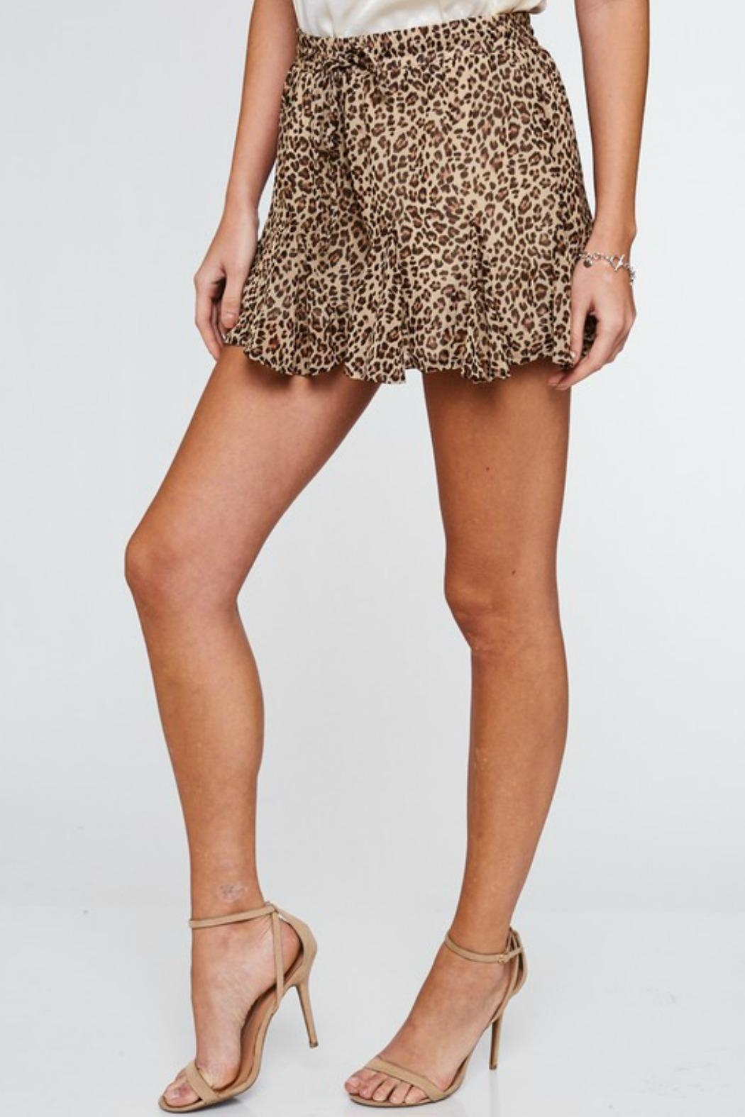 LLove USA Cameron Leopard Shorts - Side Cropped Image