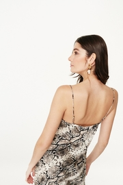 Cami NYC The Raven Snake - Front full body