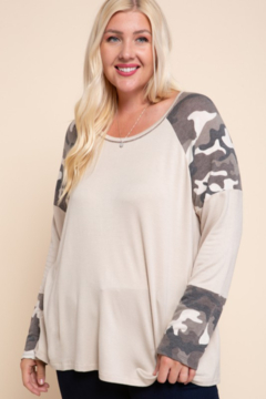 Mittoshop Camo Contrast Top with Raglan Sleeves - Product List Image