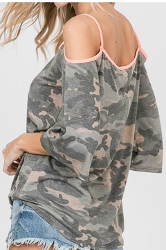 Lovely Melody Camo Could Shoulder - Alternate List Image