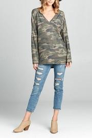 hummingbird Camo Front-Pocket Top - Product Mini Image