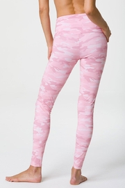 Onzie Camo Highrise Legging - Front full body