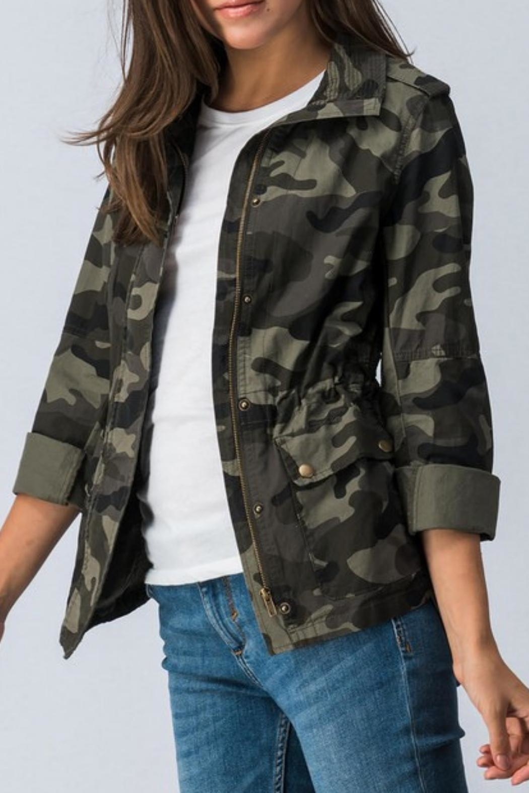 Trend:notes Camo Jacket - Side Cropped Image