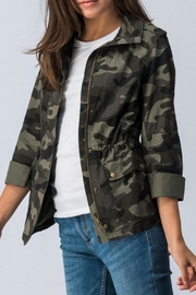 Trend:notes Camo Jacket - Side cropped