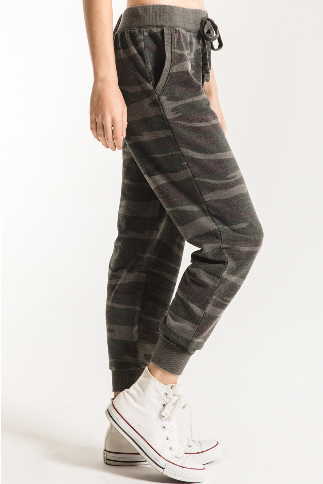 Z Supply  Camo Jogger Pant - Side Cropped Image